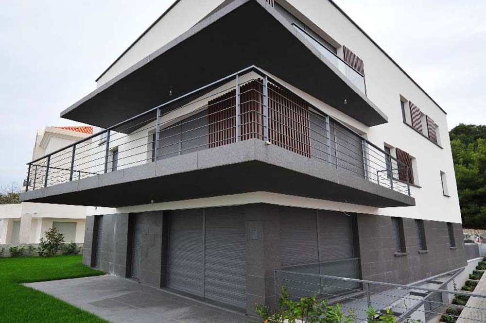 11-SG Private villa