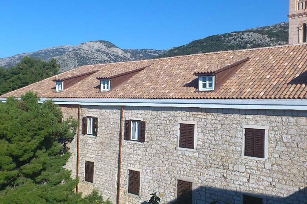 12-BO Samostan Bol