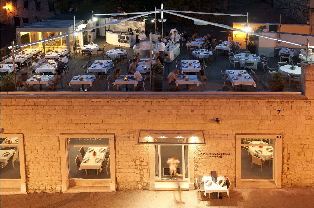 14-PA Restaurant Paradigma