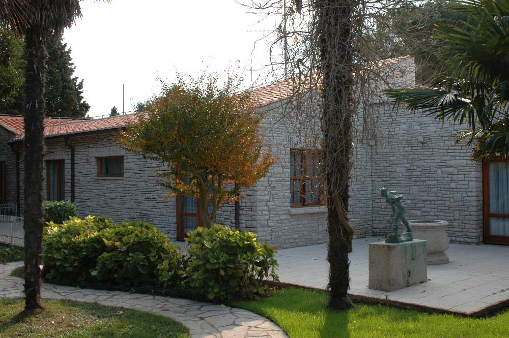 05-BR Residence Vanga