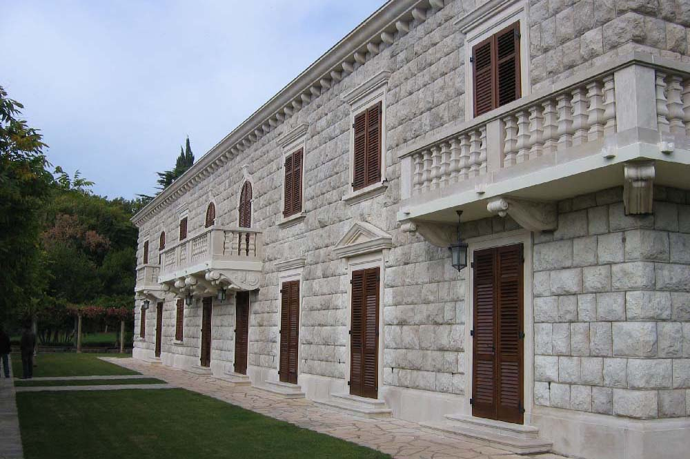08-HM Villa Miločer