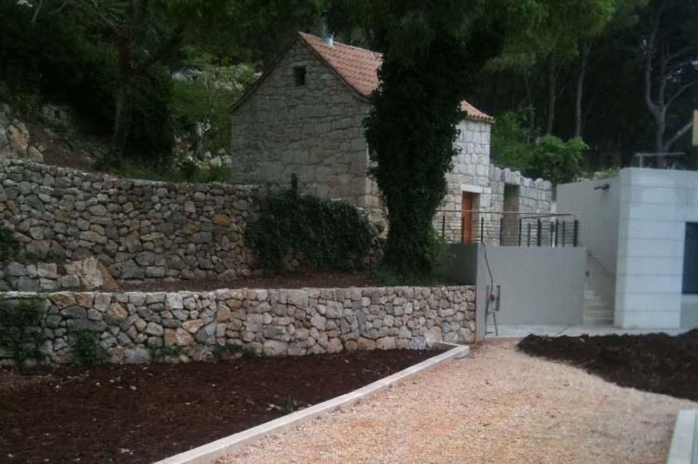 09-ST Villa Dešković, Ruskamen