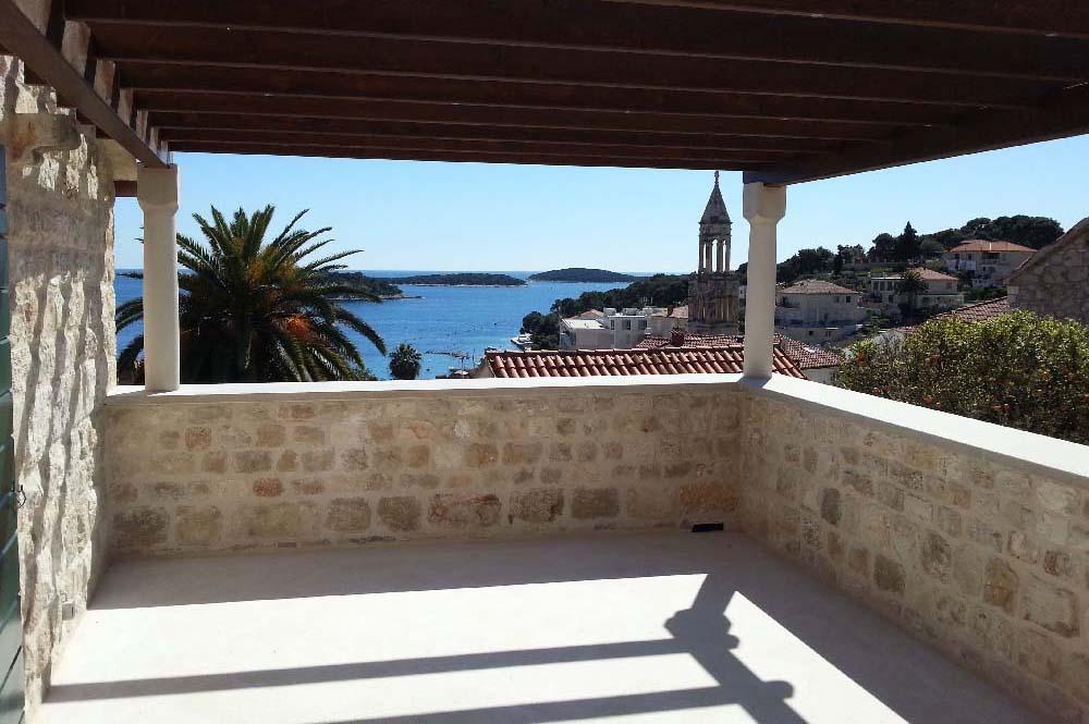 12-BR Private villa
